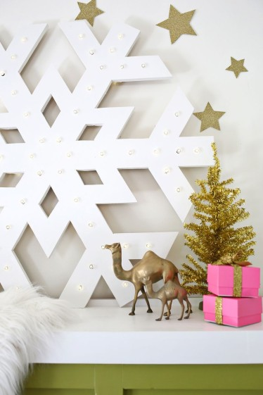 DIY Christmas decoration snowflake party supplies craft