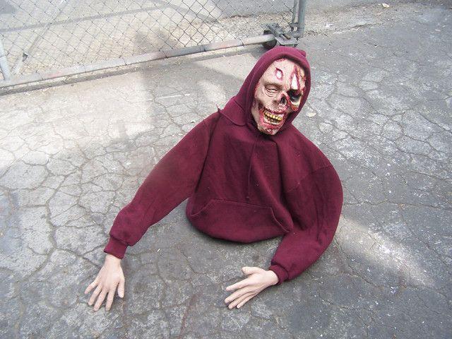 Bucket Zombie Halloween Decorating